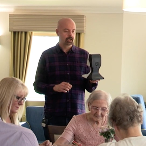 Dom visits Ferrars Hall Care Home for Chris Moyles