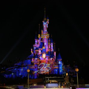 Disneyland Paris To Host EDM Music Festival